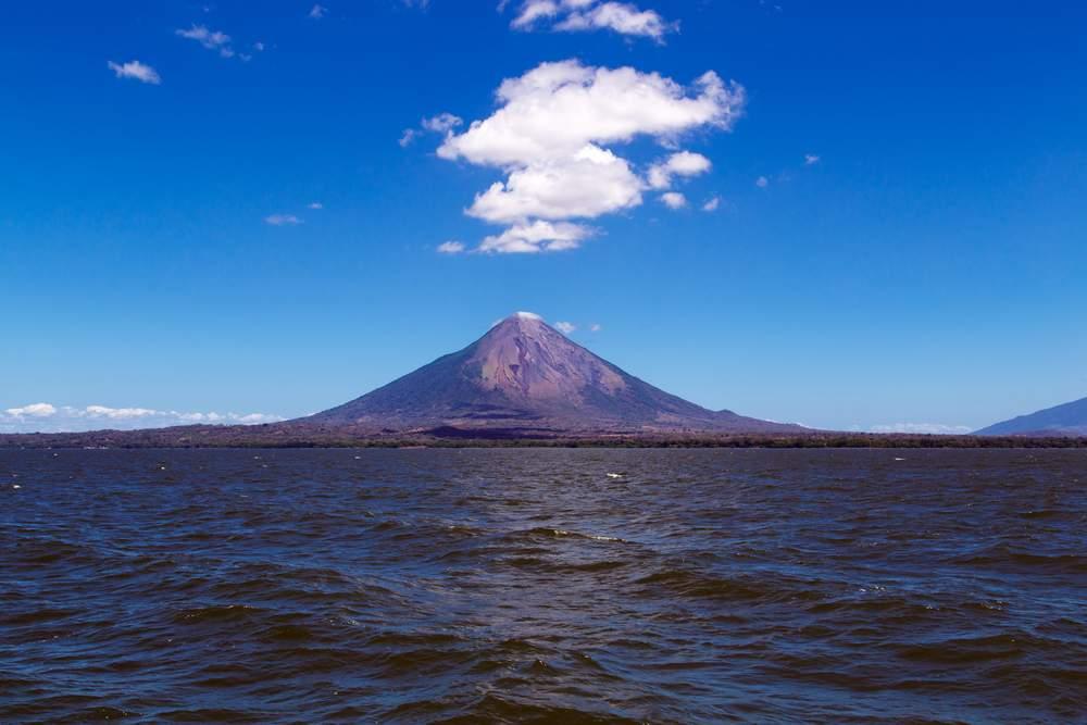 shark-lake nicaragua