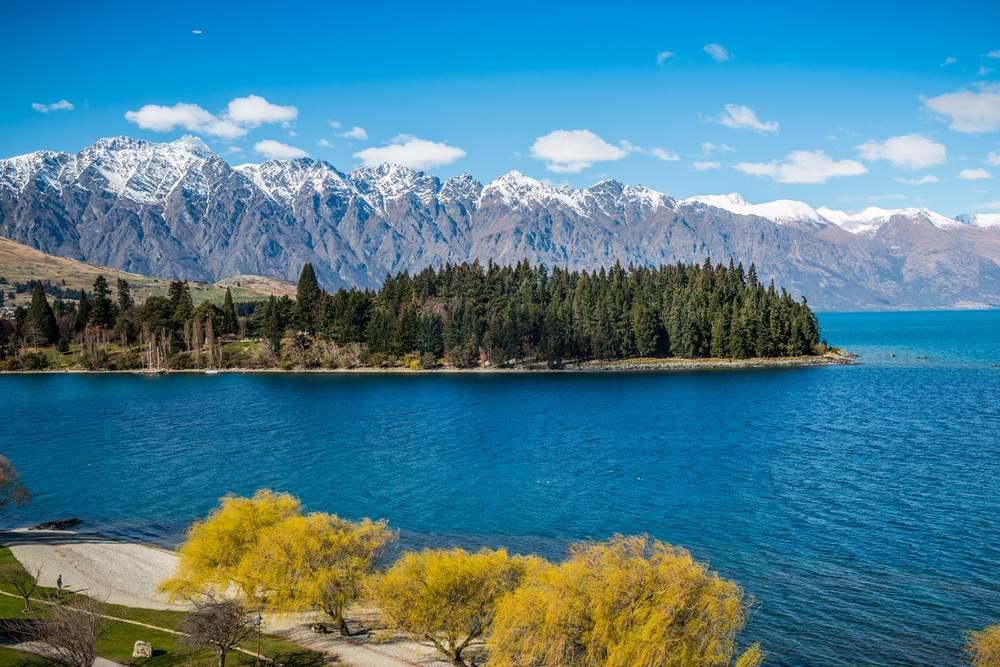 lakes wakatipu