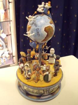 Children of the World music box, like MJ bought.