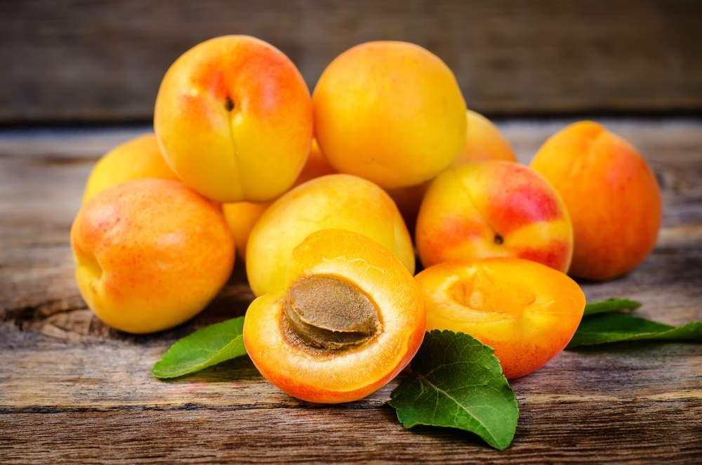 food-apricots