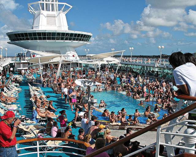 cruise party 811