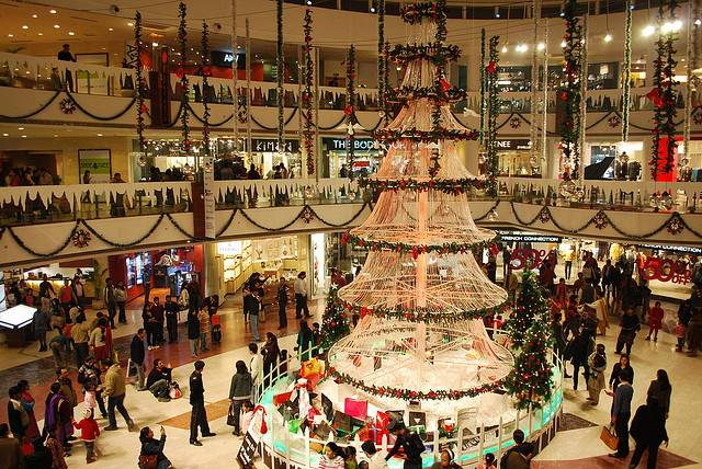 christmas in delhi means huge trees and lots of sparkling stars that adorn the many malls
