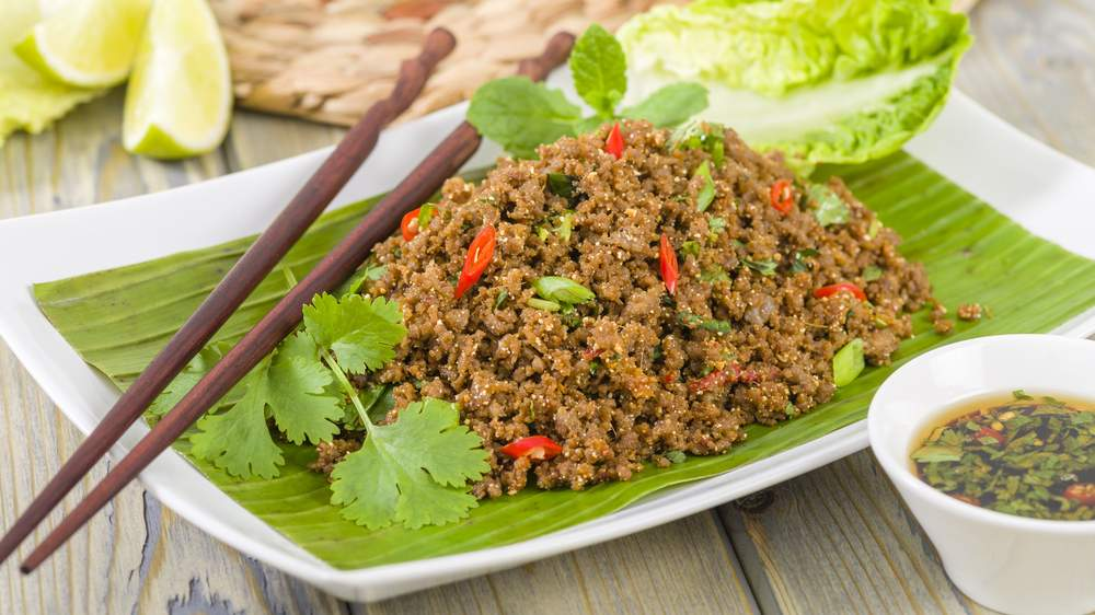 5 dishes you shouldnt leave laos without trying bootsnall travel lao meat salad laap forumfinder Image collections