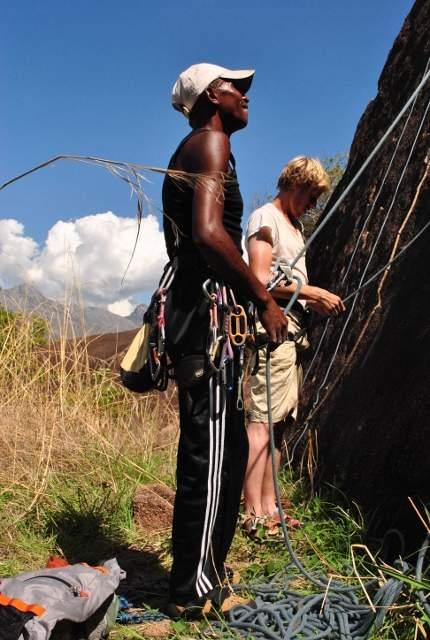 Climbing1 (430x640)