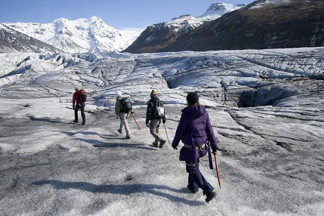 Trekking accross the glacier tongue