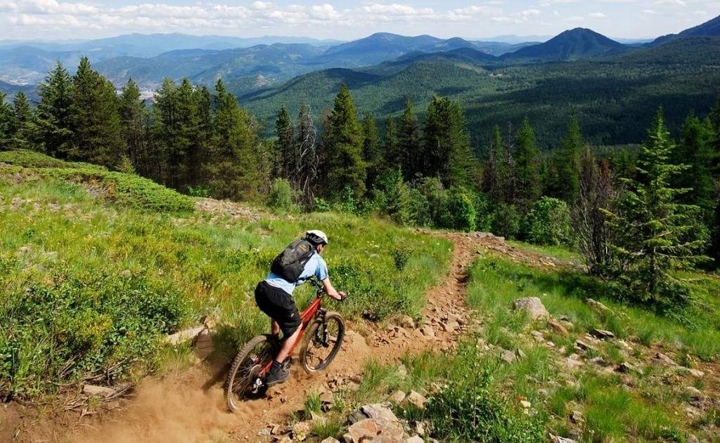 Mountain biking in Rossland