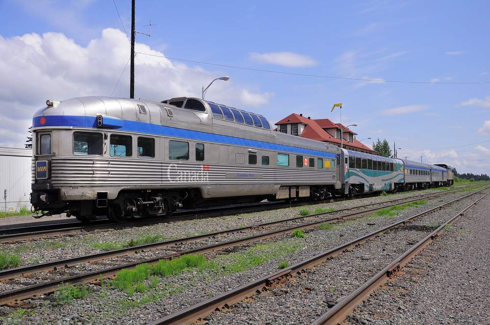 How To Travel Across Canada by Train, On A Budget – BootsnAll Travel