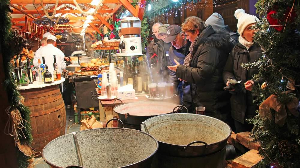 Christmas Market, Budapest, Hungary