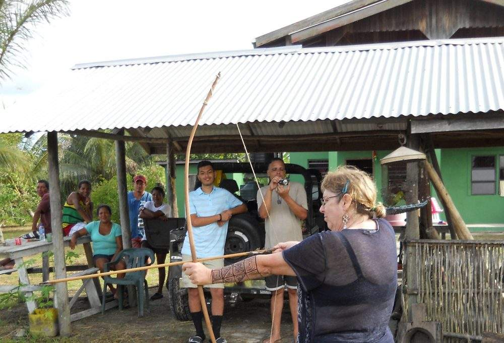 learn archery with the Amerindians of Guyana