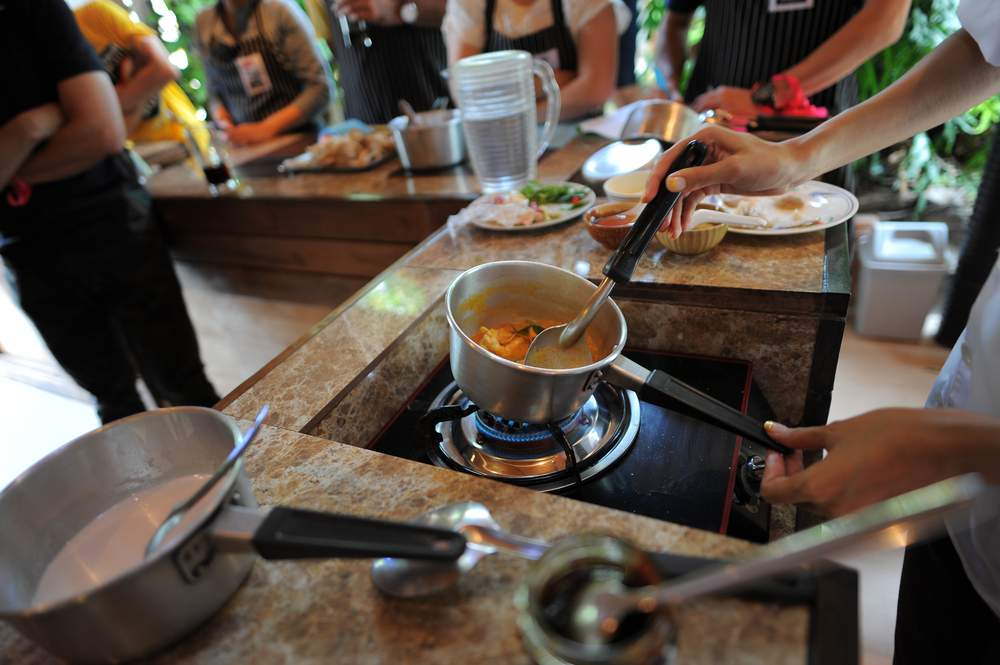 Learn to cook something new and meet fellow travelers